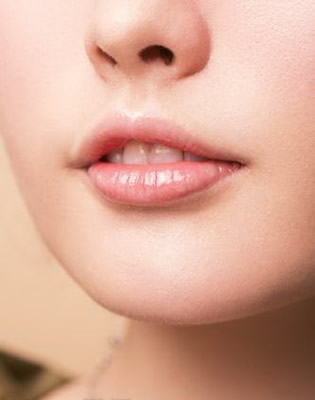 冬季嘴唇干裂怎么办?