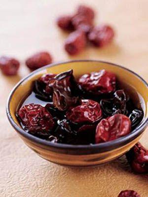 减肥方法--7:30空腹吃15颗干红枣