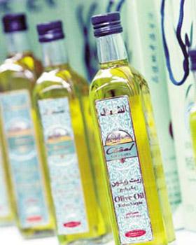 空腹喝2勺特级原生橄榄油可瘦身